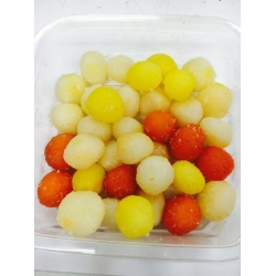 ROSHOGOLLA<SMALL SIZE><LOCAL>(PRODUCT OF SHAH .CO.JAPAN)<PREPARED  BY INDIAN CHEF>